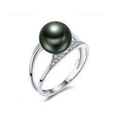 18k Tahiti Pearl with Diamonds