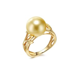 18k Yellow Gold and South Sea Pearl