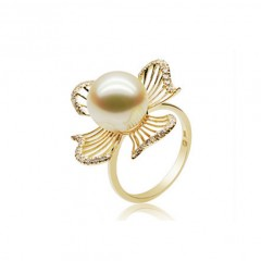 18k South Sea Pearl and Diamonds